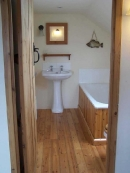 pine-bathroom-jpg