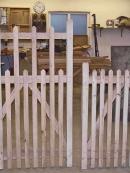 green-oak-gates